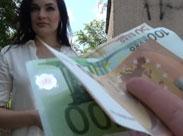 Reife Frau hat Sex gegen Geld