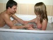 Heisser Sex in der Badewanne
